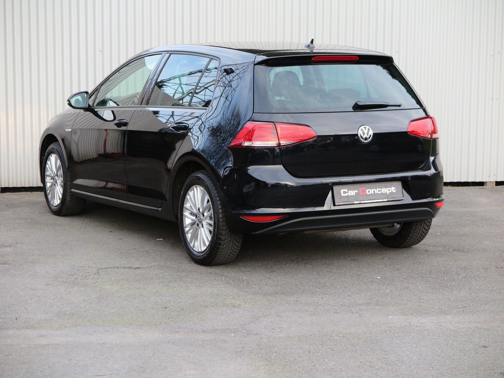 vw golf vii 1 2 tsi cup carconcept mechelen. Black Bedroom Furniture Sets. Home Design Ideas